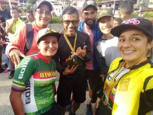Vuelta internacional a La Azulita - ciclistas